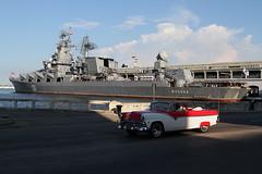 Moscú / La Habana (Olivier Monbaillu) Tags: canon moscow havana cuba cruiser malecón moscou crucero lahabana москва moscú monbaillu lahavane croiseur eos7d almendrón moskvá