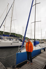 Pontoon Walking (Superlekker) Tags: marina scotland yacht fast racing oban pontoon dunstaffnage