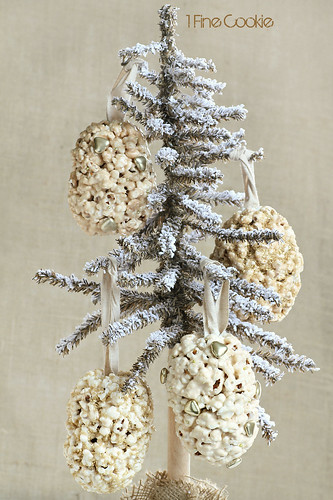 popcorn ball holiday ornaments by 1 Fine Cookie