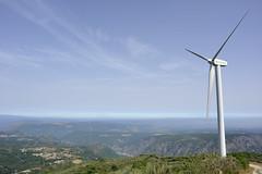 Ra Sacra, Ourense (Gabriel Bussi) Tags: espaa ro rural spain energy wind valle canyon sacra galicia turismo espagne sil spanien spagna sustainable schlucht can ourense orense ra windenergie energa galizien elica renovable sostenible erneuerbar