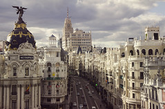 Gran Via (Alberto Sen (www.albertosen.es)) Tags: madrid city españa building skyline spain nikon capital edificio ciudad alberto metropolis sen granvia d7000 albertosen