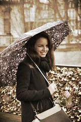 Lovely girl - Saint Valentin - Ponts des Arts - Paris - France (Aurlie R. Photographie) Tags: paris love fleur saint rose femme arts valentine amour valentines romantic capitale valentin ponts amoureux romantique {vision}:{people}=099 {vision}:{face}=099 {vision}:{outdoor}=0923 {vision}:{sky}=0509