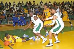 D_98354A (RobHelfman) Tags: sports basketball losangeles highschool narbonne playoff crenshaw raymondbrown wilsonanyanwu