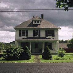 house 6x6 film mediumformat connecticut norfolk slide e6... (Photo: 12th St David on Flickr)