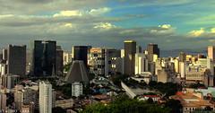 DESLUMBRANTE RIO DE JANEIRO -  Visto de Santa Teresa (  Claudio Lara ) Tags: cludio claudiolara bairrodesantateresa brasll brazll cludiolara claudiol claudiolaracatedraldoriodejaneiro arcosdalapabyclaudio santateresabyclaudio rlodejaneiro rlodejanelro