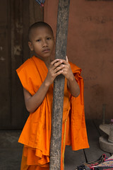 Smells like teen spirit (alfienero) Tags: religion orange buddhism cambodia