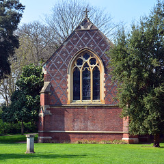 Fulham Palace / Chapel 2017 (Images George Rex) Tags: london hammersmithfulham uk architecture victorian chapel church redbrick neogothic englishbond cornerbutresses decoratedwindow stonedressings williambutterfield wbutterfield sw6 fulhampalace england unitedkingdom britain imagesgeorgerex nikon photobygeorgerex