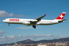 HB-JMD Swiss A340-300 (Centreline Photography) Tags: airport runway plane planes aeroplane aircraft planespotting canon aviation flug flughafen airliner airliners spotting spotters airplanes airplane flight aviationphotography centrelinephotography chrishall spain espana catalunya barcelona bcn lebl