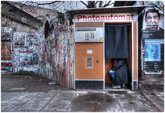 Photoautomat (kurtwolf303) Tags: photoautomat person hdr streetphotography strasenfotografie scenery graffiti olympusem1 omd microfourthirds micro43 systemcamera mirrorlesscamera spiegellos photomatixpro urbanlifeinmetropolis unlimitedphotos kurtwolf303 digitalphotography 250v10f topf25 topf50 500v20f topf75 topf100 1000v40f 1500v60f topf150 2000views
