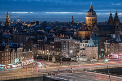 Amsterdam Skyline (McQuaide Photography) Tags: amsterdam nederland netherlands holland noordholland europe sony a7rii ilce7rm2 alpha mirrorless 2470mm sonyzeiss zeiss variotessar fullframe mcquaidephotography adobe photoshop lightroom tripod manfrotto light architecture city stad building skyline urban prinshendrikkade churchofsaintnicholas sintnicolaaskerk skylounge sky lucht doubletreehilton capitalcity elevated view viewpoint fromabove bluehour dusk twilight longexposure stadsgezicht