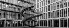 Stairs and Windows monochrome (*Capture the Moment* (OFF till End June)) Tags: 2017 architektur art artwork fenster kpmg kunst munich münchen olafureliasson sonya7m2 sonya7mii sonya7mark2 sonya7ii sonyfe1635mmf4zaoss staircase stairs window windows