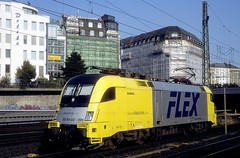 182 598  Hamburg Hbf  06.08.03 (w. + h. brutzer) Tags: analog train germany deutschland nikon hamburg eisenbahn railway zug trains locomotive taurus lokomotive 182 elok eisenbahnen mrce dispolok eloks es64u2 webru