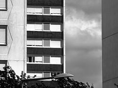 Vandoeuvre en t (alainalele) Tags: france internet creative commons council housing bienvenue et lorraine 54 licence banlieue moselle presse bloggeur meurthe paternit alainalele charpiedebubka lamauvida
