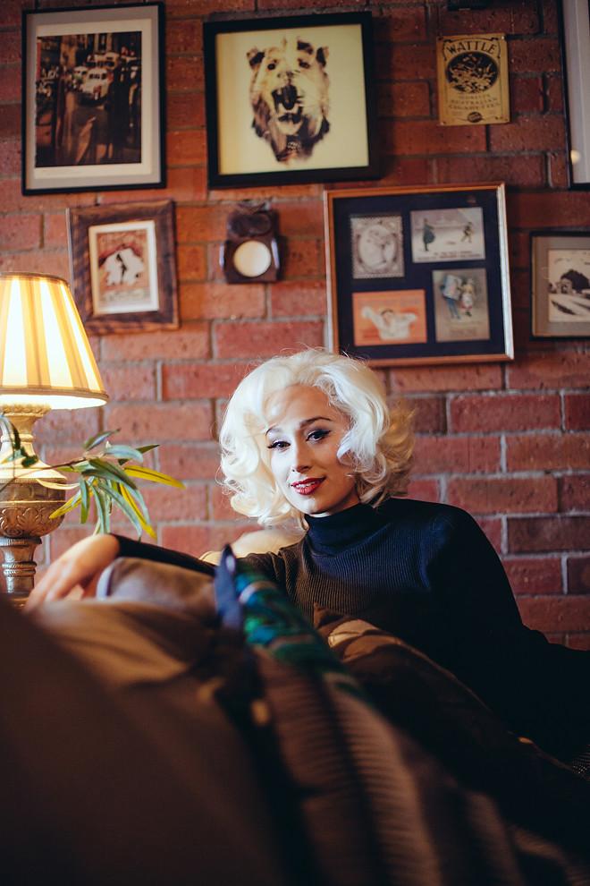 Blonde_230