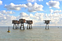 The Shivering Sands Forts (tsbl2000 (On/Off for a few weeks)) Tags: army fort ww2 maunsell antiaircraft thamesestuary