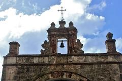 San Juan: Capilla del Cristo (zug55) Tags: cross oldsanjuan puertorico chapel sanjuan viejosanjuan antilles calledelcristo capilladelcristo capilla espadaña sanjuanantiguo parquedelaspalomas bellgable greaterantilles espadañas chapelofchrist