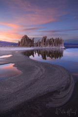 Leading the Way (Willie Huang Photo) Tags: california sunset mountains nature landscape mono sand desert salt scenic valley monolake hwy395 tufa owensvalley easternsierras leevining