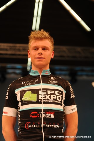 EFC-Omega Pharma-QuickStep Cycling Team   (105) (Small)