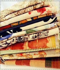 Primeiros tecidos (litllefabricris) Tags: flores cores handmade amor artesanato craft com bolsas tecidos organizadores costura florais feitoamão