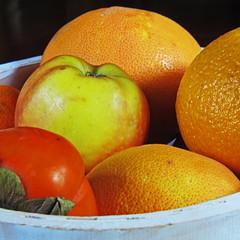 Fruit Bowl (Andrew Gustar) Tags: orange apple fruit basket bowl grapefruit persimmon 114picturesin2014