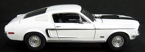 Maisto Mustang GT Cobra Jet 68