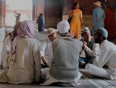 Jama Masjid meeting (bokage) Tags: india delhi jamamasjid olddelhi bokage