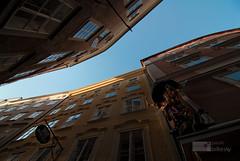 a stripe of sky | 4 (paulo jolkesky) Tags: windows sky sculpture classic window up rio arquitetura architecture river stripe cu escultura janela shape alto narrow janelas upwards forma clssico faixa paracima  estreito europaeurope nesga