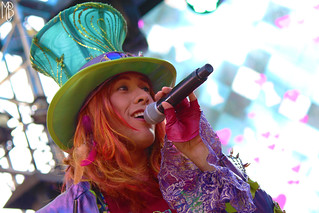 mad t party: hips hatter