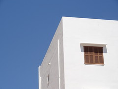 Finca (b.dnkmp) Tags: blue summer sky white house holiday abstract urlaub haus mallorca kontrast cala harmonie millor