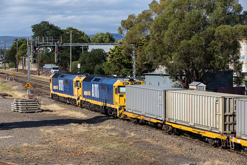 2017-02-14 Pacific National 8101-8111 Goulburn UR 2122