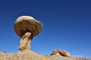 Mushroom rock formation, Ah-Shi-Sle-Pah Wilderness Study Area