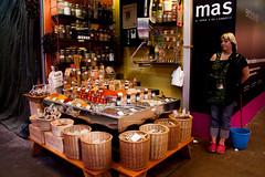 LA BOQUERIA - Barcellona (Romina Tripaldi) Tags: mercato market woman donna solitudine sola barcellona spagna spain la boqueria