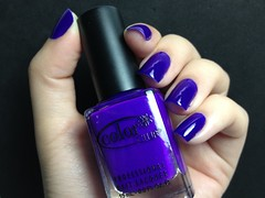 Disco Dress Color Club (Gabbie ) Tags: hand purple nails nailpolish mo unhas roxo esmalte colorclub discodress
