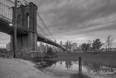 Brooklyn Bridge B&W (Angel Escalante Photography) Tags: city nyc bw ny newyork brooklyn parks cityscapes bridges brooklynbridge hdr highdynamicrange cityview hdrimage hdrphoto bridgeinhdr