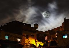 Super moon over the shanty town ( ) Tags: cloud moon noche venezuela luna caracas fullmoon cielo nocturna delfin barrio nocturno tamron70300mm canon60d veneflickr supermoon abzueta superluna delfinabzueta santiagodeleondecaracas venedetodo