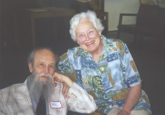 L. C. Young & Mary Ellen Rudin, Madison 1998 (ali eminov) Tags: lcyoung mathematicians topologists friends madison wisconsin maryellen