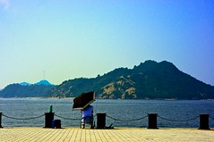 211/365 31/52 Summer Fishing (Soh_flickr) Tags: travel sea summer sky mountain japan port fishing pentax uno kr 365 52 okayama setouchi 52weeks project365 2013 unoport
