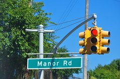 Manor Rd (Triborough) Tags: nyc newyorkcity ny newyork sign trafficlight streetsign roadsign statenisland trafficsignal richmondcounty castletoncorners