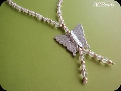 Butterfly Pendant (ACBeads) Tags: metal butterfly insect necklace beads bijuteria borboleta bead colar bijutaria contas handmadejewelry handmadejewellery colarartesanal bijutariaartesanal colarcurto acbeads bijutariafeitaàmão
