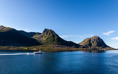 Norwegen_7172 (EdiSPix) Tags: sea sky water norway clouds canon eos meer ship norwegen himmel wolken 5d schiff edi schneider hurtigruten markii mark2 schiffsreise rnes edispix