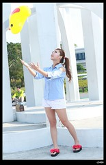nEO_IMG_DP1U7141 (c0466art) Tags: show light portrait baby white cute girl beautiful lady female canon happy jump eyes energy asia pants sweet taiwan short attractive alive cheer lovely charming ourdoor goegeous 1dx  c0466art