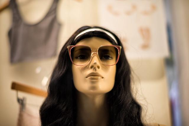 顎が長い人の性格や特徴・似合う髪型・おすすめのメイク|前髪