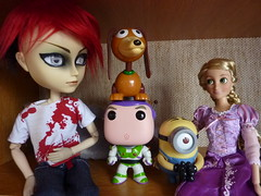 Strange Family 01 (luxymie) Tags: buzz pop lightning hash funko taeyang