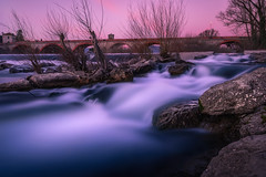 Twilight Falls. (Mat Viv) Tags: canon canonoeost6s canoneos760d canonphoto canonphotography canont6s canon760d 760d t6s sigma1750mmf28 sigmalens sun sunsets sunset sunsetlight dusk twilight flow water waterfall longexposure wideangle river bridge architecture travel italy tuscany lucca outdoors trees evening sky