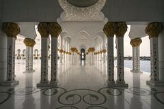 Abu Dhabi - Camminamento Sheikh Zayed grand mosque (filippo.bassato) Tags: abudhabi uae emiratiarabiuniti grandmosque sheikhzayed filippobassato arabi islam fede religione