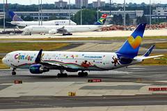 D-ABUE 767-330(ER) Condor (Antonio Doblado) Tags: frankfurt doblepasillo twinaisle dabue boeing b767 767 condor