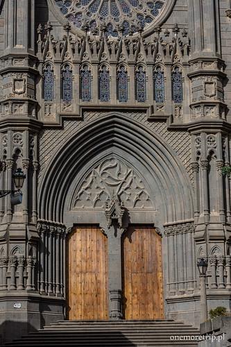 170206-1708-katedra