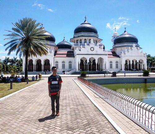 Yuuuukkkk, sholat jumat.. Jangan sampe lupa.. . . . . . . . . #mosque #pesonaIndonesia  #wonderfulindonesia