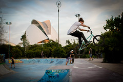 BMX Jump 1 (Bregg) Tags: valencia bicycle garden jump spain bmx stunt turia cityofartsandsciences
