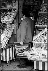 Buying fruit with a Picasso (Steve U) Tags: leica paris france fruit painting picasso marais m6
